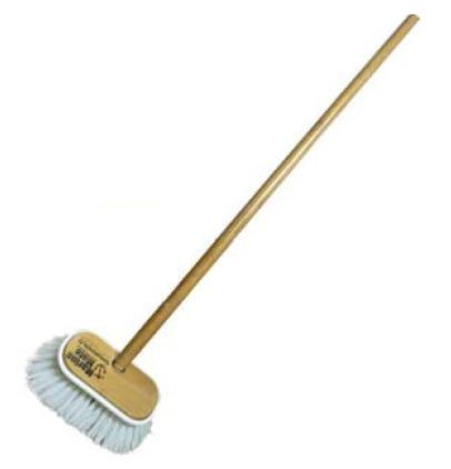 HARD BRUSH WITH WOOD HANDLE SHURHOLD 1.22MTS COVER